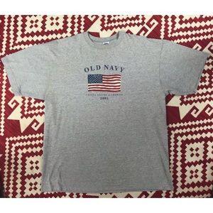 Vintage Old Navy 2001 Flag T-shirt